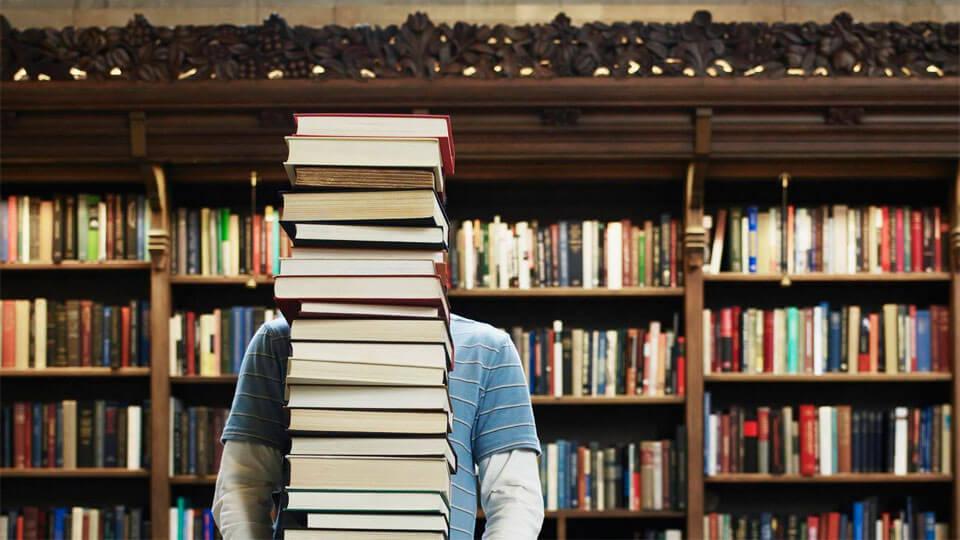 «вКонтакте» почистят от пиратских книг